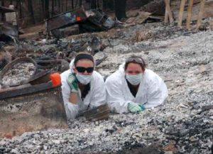 During the 2009 Victorian Bushfire response, Senior Constable Deena White (left) and Constable Kyleigh Perkins (right)